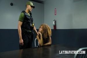 LatinaPatrol 17 09 28 Kendall Woods XXX 2160p MP4-Zsex3i